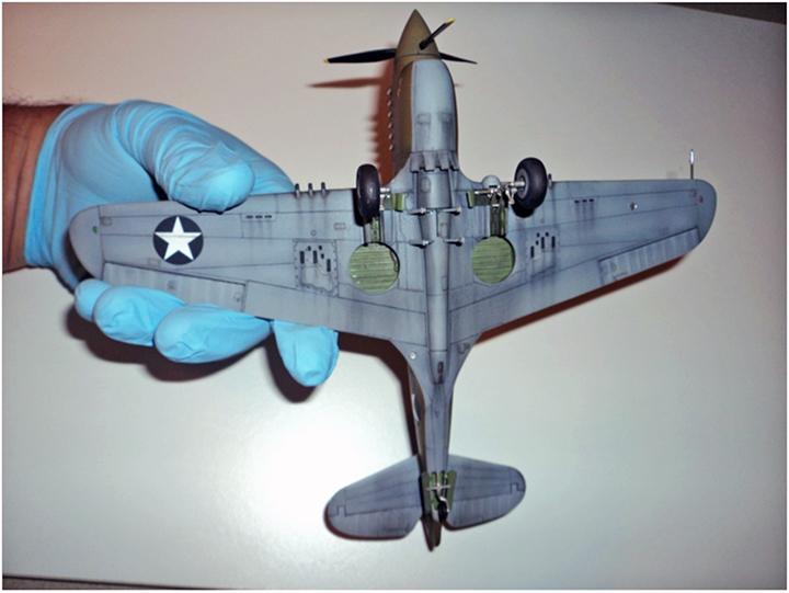 P-40E Dollye Lt Eisenberg & crewmen